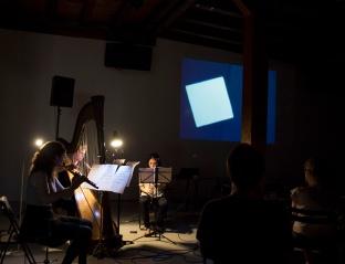Lichtspiel op. 1, music: Frédéric Pattar, film: Walter Ruttmann, with Compagnie Bin°oculaire ((Kunstraum Walcheturm Zürich, June 24th, © Doris Kessler)